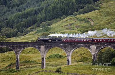 Glenfinnan Viaduct - D002340 Art Print by Daniel Dempster