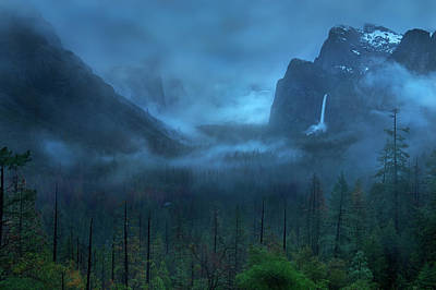Yosemite Wall Art - Photograph - Gloomy Mountain by Yan Zhang