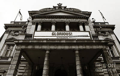Photograph - Glorious At The Volkstheater by John Rizzuto