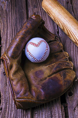 Glove And Heart Baseball Art Print