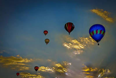 Photograph - Glow Ballon by Jack R Perry