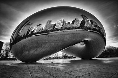 Chicago Skyline Photograph - Glowing Bean by Sebastian Musial