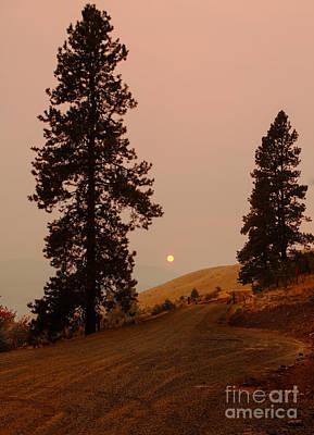 Landsacape Photograph - Glowing Sunset by Robert Bales