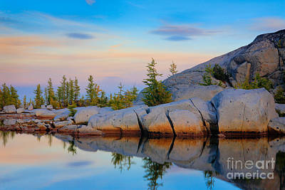 Tamarack Photograph - Gnome Tarn Rocks by Inge Johnsson