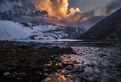 Ri Photograph - Gokyo Fire by Karsten Wrobel