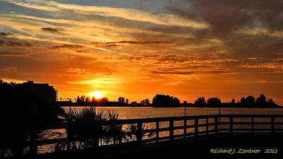 Photograph - Golden Christmas Sunset by Richard Zentner