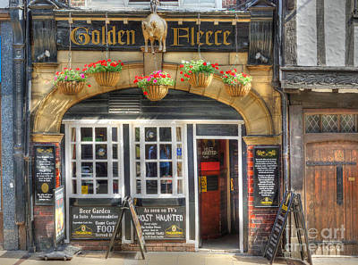 Photograph - Golden Fleece Pub In York by David Birchall