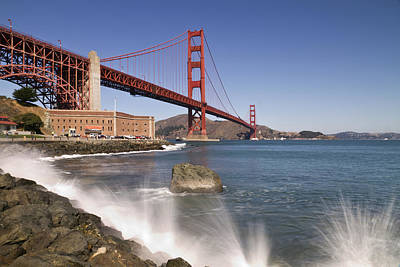 Golden Gate Bridge Art Print by Melanie Viola