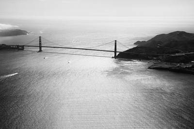 Golden Gate In Black And White Art Print