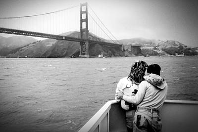 Photograph - Golden Gate Lovers by Frank Winters