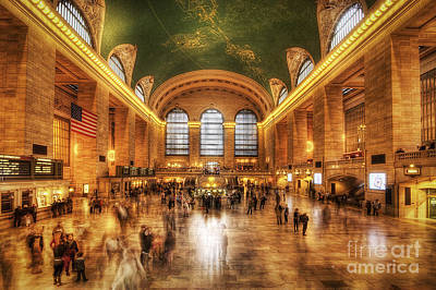 Photograph - Golden Grand Central by Yhun Suarez