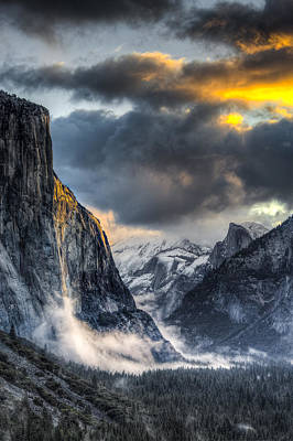 Photograph - Golden Light On El Capitan by Mike Lee