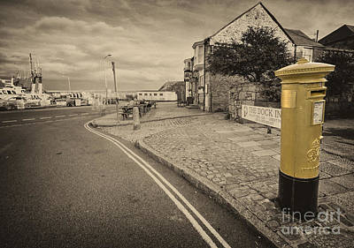 Mail Box Photograph - Golden Post  by Rob Hawkins