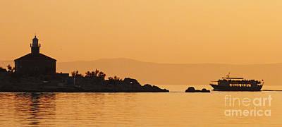 Photograph - Golden Sea - Golden Sky by Phil Banks