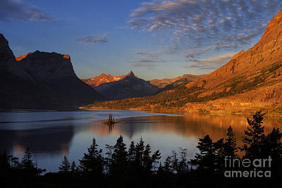 Reynolds Photograph - Golden Wild Goose Island by Mark Kiver