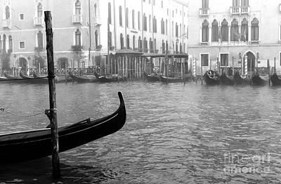 Photograph - Gondola Bow by John Rizzuto
