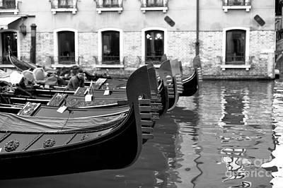Photograph - Gondola Line by John Rizzuto