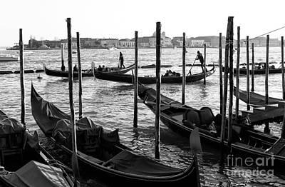 Photograph - Gondola Synchronization by John Rizzuto