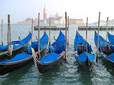 Photograph - Gondolas by Suzanne Oesterling