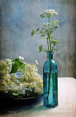 Cow Parsley Wall Art - Photograph - Good Company  by Randi Grace Nilsberg