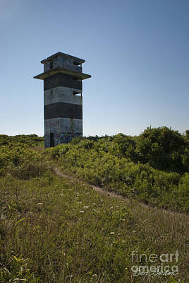 Photograph - Gooseberry Island Tower by David Gordon