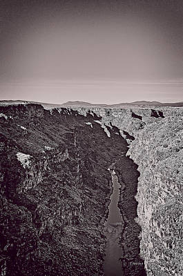 Mixed Media - Gorge by Charles Muhle