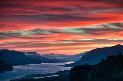 Photograph - Gorge Sunrise by Brian Bonham