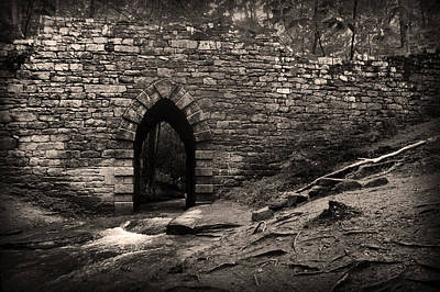 Photograph - Gothic Arch Over Saluda by Kelly Hazel