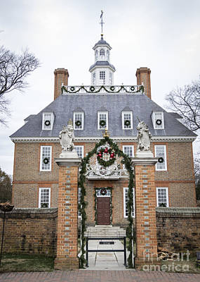 Governors Palace With Gate Art Print by Teresa Mucha
