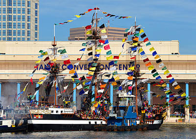 Tampa Convention Center And Gasparilla Art Print by David Lee Thompson