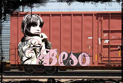 Woman Photograph - Graffiti - Beso by Graffiti Girl