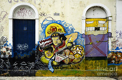 Message Art Photograph - Graffiti Recife Brazil 5 by Bob Christopher