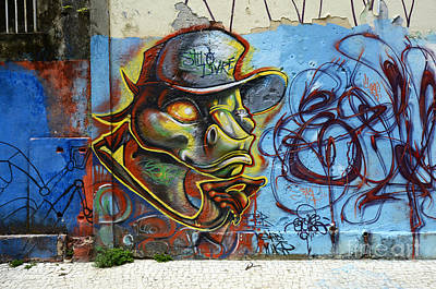 Message Art Photograph - Graffiti Recife Brazil 6 by Bob Christopher