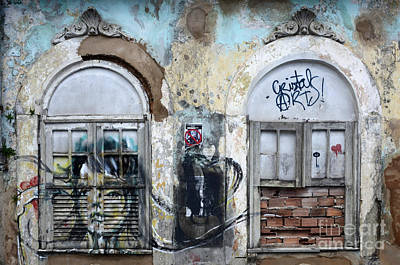 Message Art Photograph - Graffiti Salvador Brazil 12 by Bob Christopher