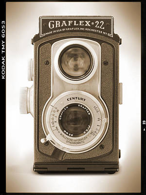 Vintage Camera Wall Art - Photograph - Graflex 22 Camera by Mike McGlothlen