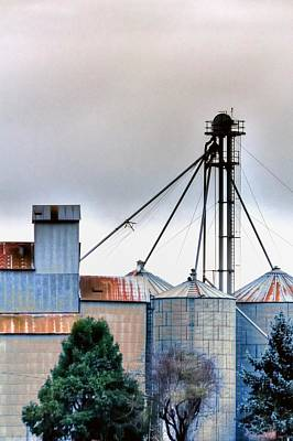 Jerry Sodorff Royalty-Free and Rights-Managed Images - Grain Elevator 20621 by Jerry Sodorff