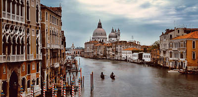 Photograph - Grand Canal by Cliff Wassmann