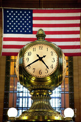 Photograph - Grand Central Clock by Brian Jannsen