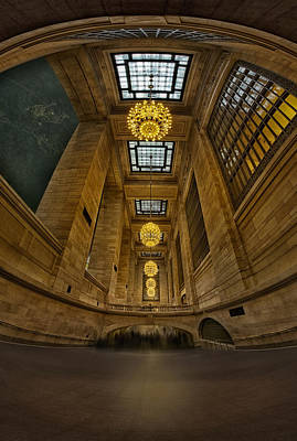 Photograph - Grand Central Corridor by Susan Candelario