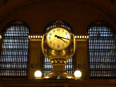 Photograph - Grand Central Station Clock by Richard Reeve