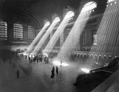 Grand Central Station Photograph - Grand Central Station Sunbeams by Underwood Archives