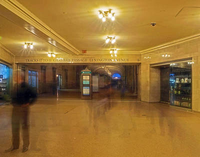 Photograph - Grand Central Terminal 006 by Jeff Stallard