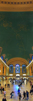 Photograph - Grand Central Terminal 007 by Jeff Stallard