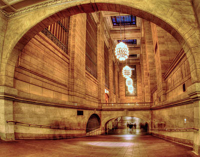 Photograph - Grand Central Terminal 013 by Jeff Stallard