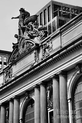 Photograph - Grand Centrals Famous Clock - Landmarks Of New York by Miriam Danar