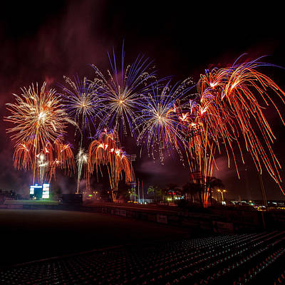 Brighthouse Field Photograph - Grand Finale by Jeff Donald