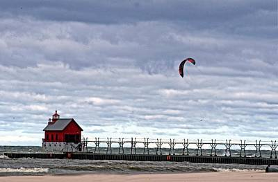Grand Haven Lighthouse 2 Art Print by Cheryl Cencich