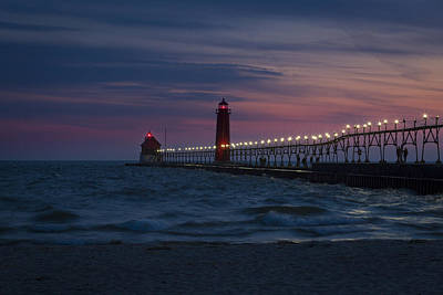 Photograph - Grand Haven Lighthouse Mi At Dusk by Jack R Perry