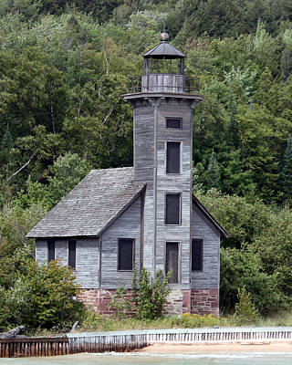 Photograph - Grand Island East Channel Lighthouse by George Jones