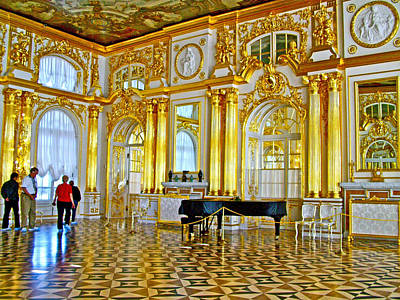Catherine Palace In Russia Photograph - Grand Piano In Ballroom Of Catherine's Palace In Pushkin-russia by Ruth Hager